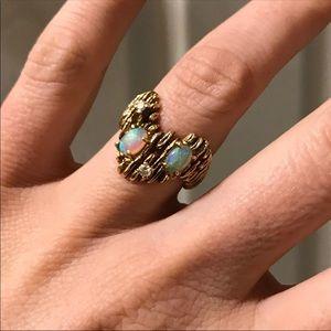 14K Gold Opal & Diamond Ring